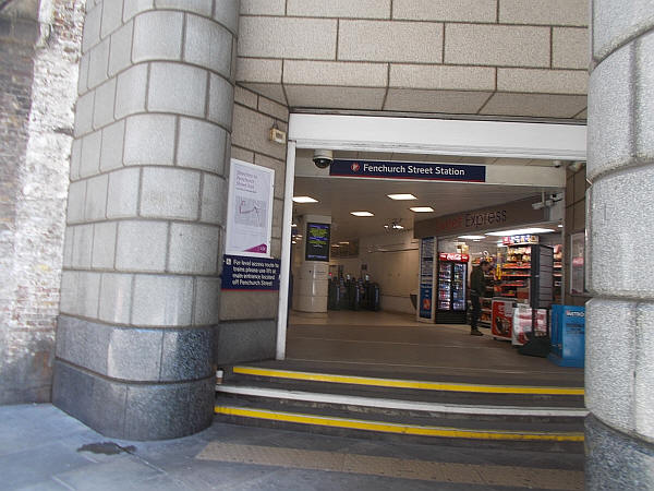 Fenchurch street - the Tower hill / Coopers row exit, which is highly inaccessible - in May 2019